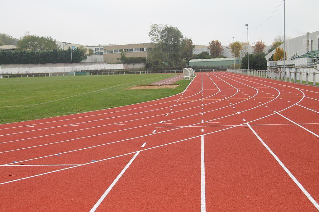 Stade Robert Desnos, piste d'athlétisme