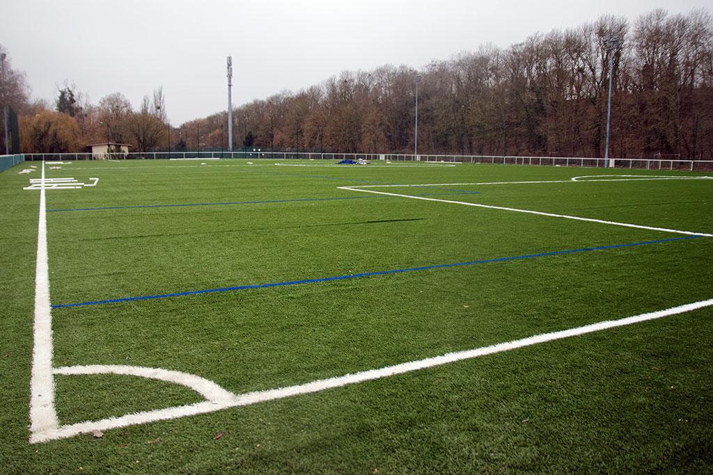 Travaux, stade de foot Robert Desnos